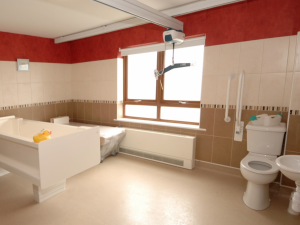 Bathrooms adapted to the needs of each resident