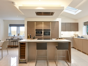 Fully integrated SieMatic kitchen at plot 14, Stocksmead 0017