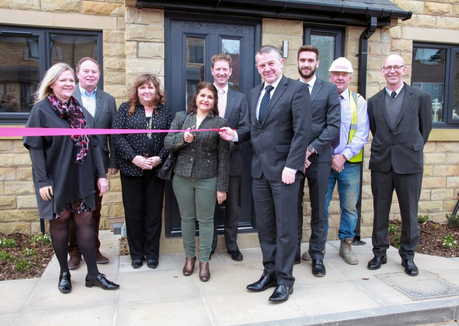 Handover of affordable housing at Pennine Gardens, Upperthong